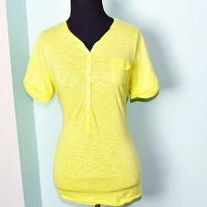 Soft and cozy dandelion yellow tee from J Crew L